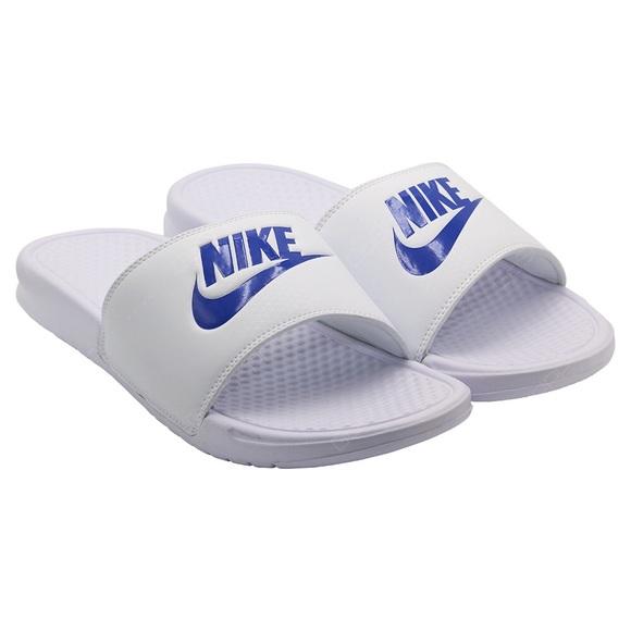 17c986871 Nike Benassi